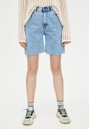 MIT HOHEM BUND - Shorts di jeans - light blue