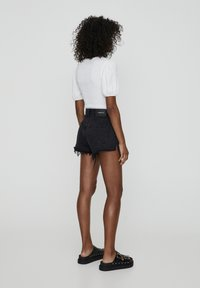 PULL&BEAR - Jeans Shorts - black - 2