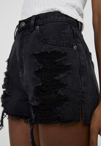 PULL&BEAR - Jeans Shorts - black - 3