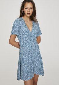 PULL&BEAR - Denní šaty - blue - 0