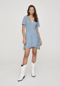 PULL&BEAR - Denní šaty - blue - 1