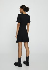 PULL&BEAR - Korte jurk - black - 2