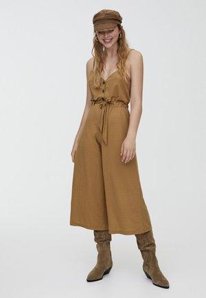 MIT GÜRTEL - Tuta jumpsuit - brown