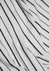 PULL&BEAR - MIT STREIFEN - Combinaison - white - 3