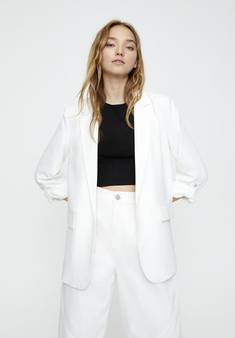 PULL&BEAR - Short coat - white