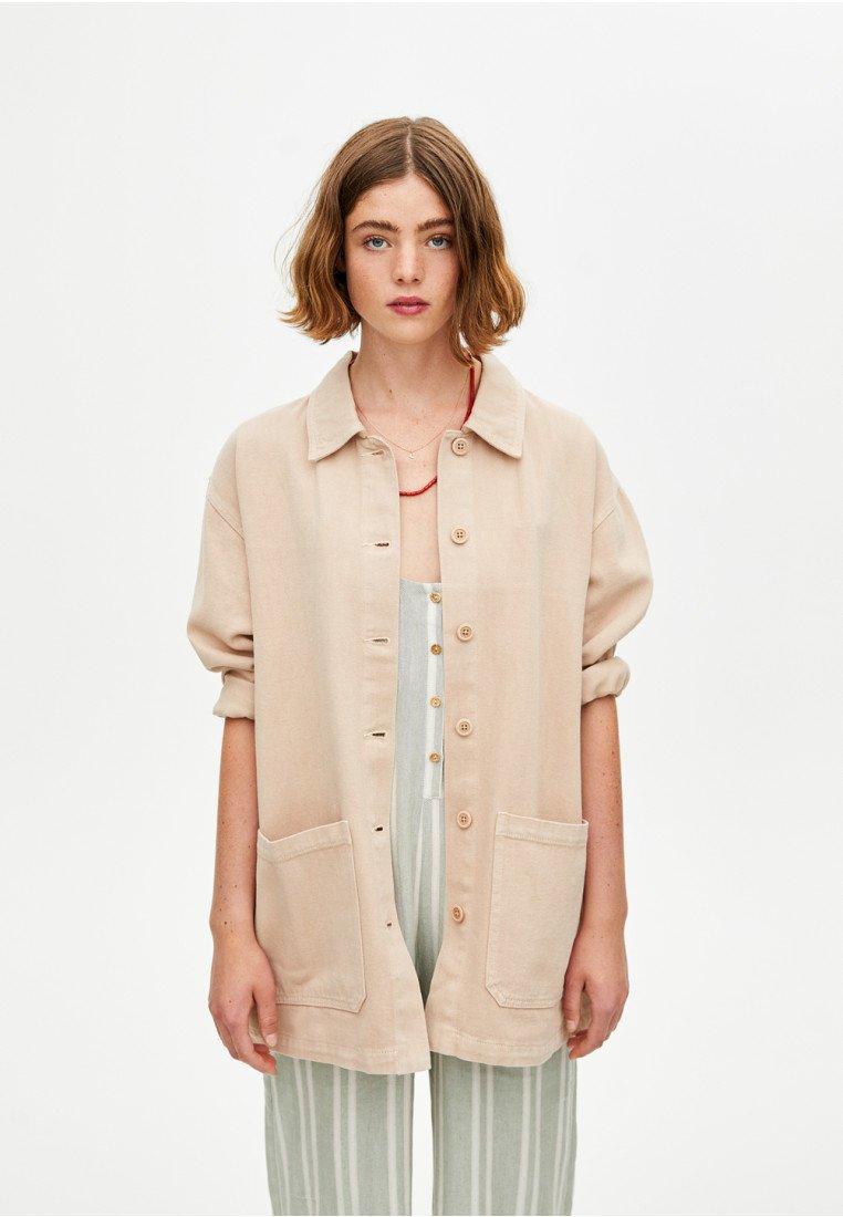 PULL&BEAR - IM WORKWEAR LOOK - Leichte Jacke - beige