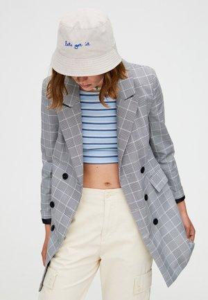 Pitkä takki - gray
