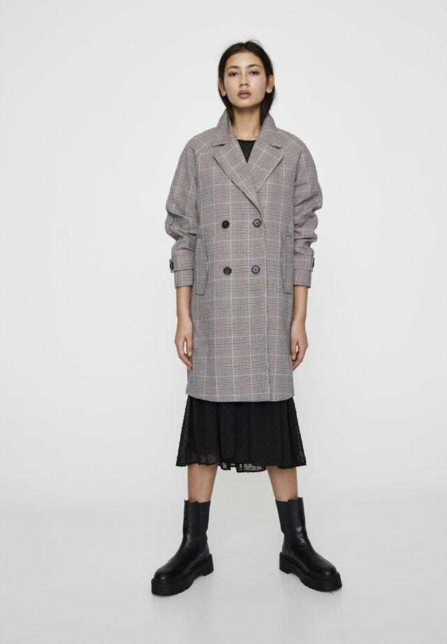 BLAUGRAU KARIERTER MANTEL 05750301 - Płaszcz wełniany /Płaszcz klasyczny - dark grey