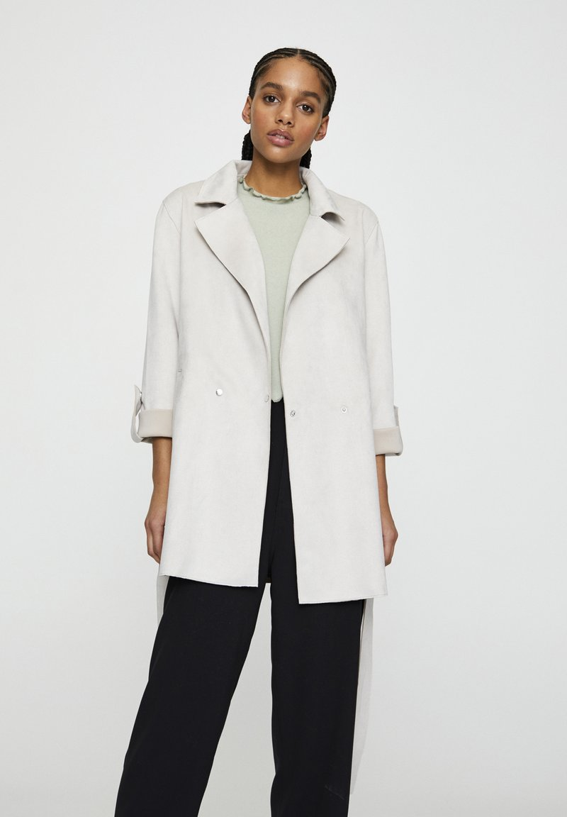 PULL&BEAR - Halflange jas - beige