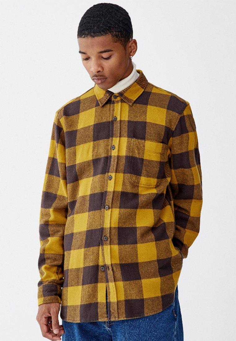 PULL&BEAR - KARIERTES - Shirt - yellow