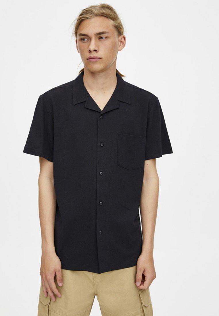 PULL&BEAR - IM WASHED-LOOK - Skjorter - black