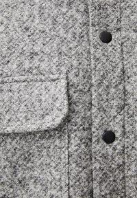 PULL&BEAR - Tunn jacka - gray - 5