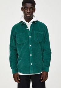 PULL&BEAR - Overhemd - dark green - 3