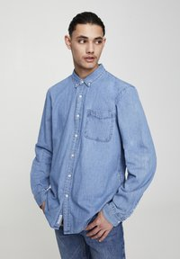 PULL&BEAR - BASIC - Chemise - blue denim - 3