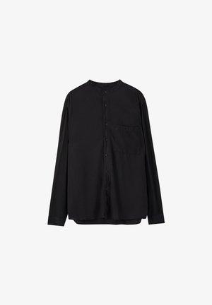 HEMD MIT MAOKRAGEN UND TASCHE 05474506 - Košile - black