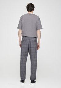 PULL&BEAR - Kalhoty - grey denim - 2