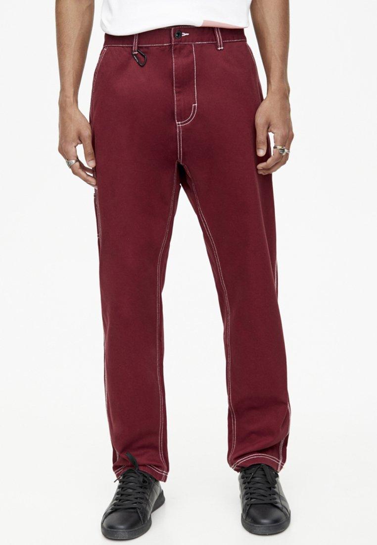 PULL&BEAR - Straight leg jeans - bordeaux