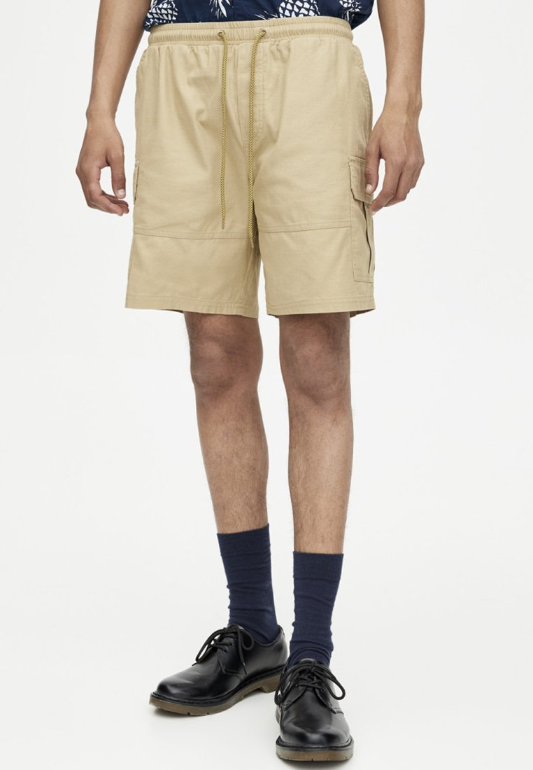 PULL&BEAR - MIT KORDEL - Short - brown