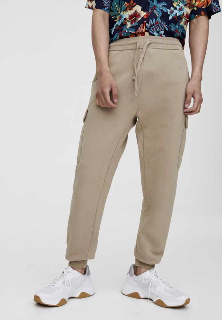 PULL&BEAR - Cargo trousers - brown