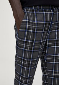PULL&BEAR - Pantalon classique - light grey - 4