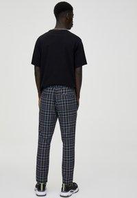 PULL&BEAR - Pantalon classique - light grey - 2