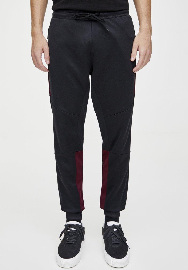 PULL&BEAR - IN KONTRASTFARBEN - Teplákové kalhoty - black