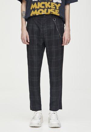 DUNKELGRAUE KARIERTE HOSE, ENG GESCHNITTEN 05670526 - Pantalon classique - black