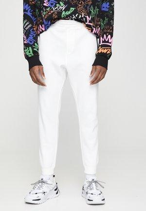 BASIC - Teplákové kalhoty - white