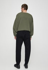 PULL&BEAR - Trousers - metallic black - 2