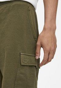 PULL&BEAR - Shorts - khaki - 4
