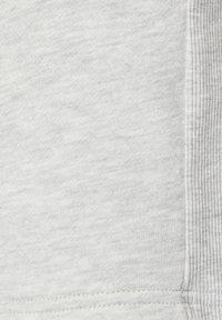 PULL&BEAR - Szorty - grey - 6
