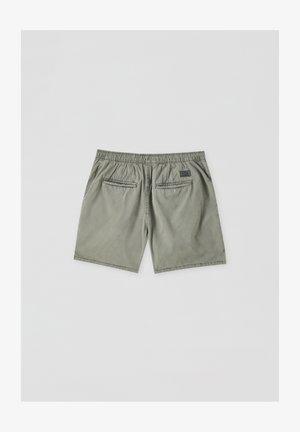 MIT STRETCHBUND - Shorts - dark green