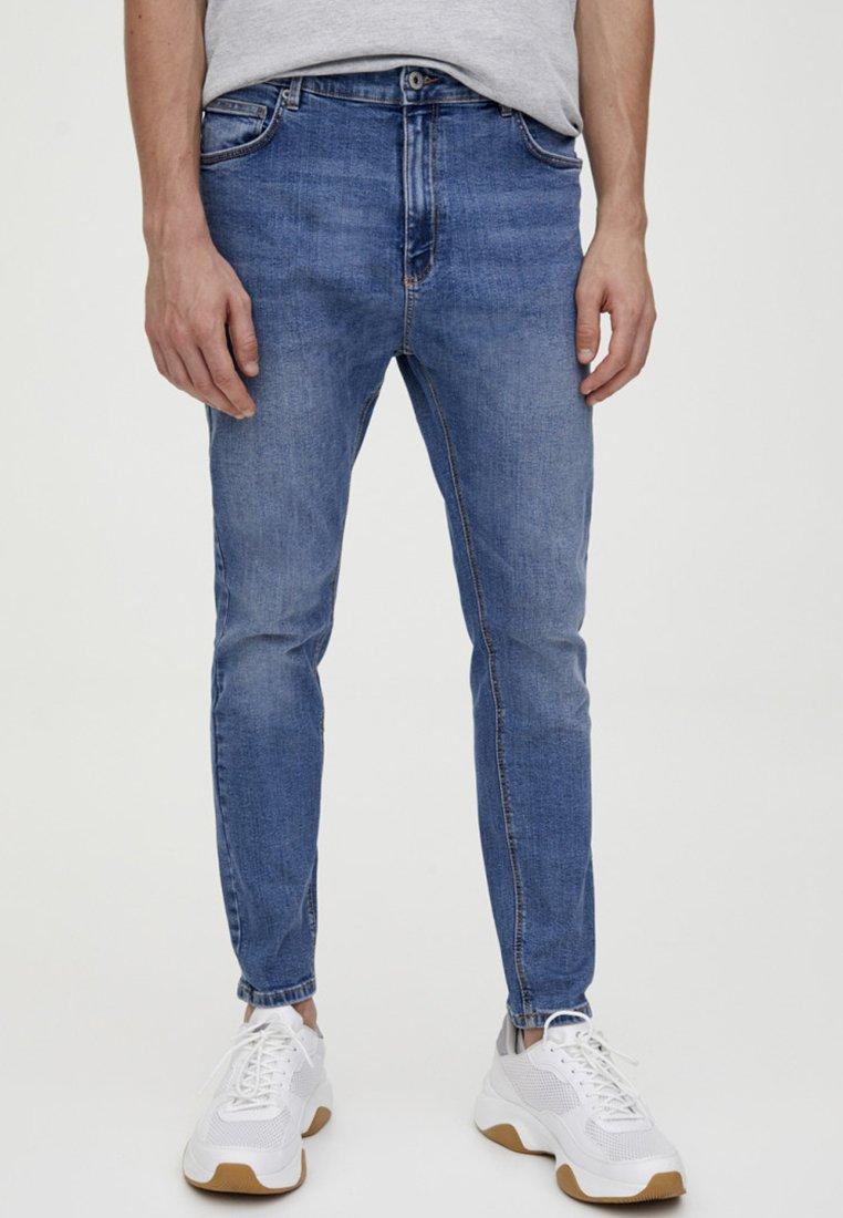 PULL&BEAR - Slim fit jeans - light blue denim