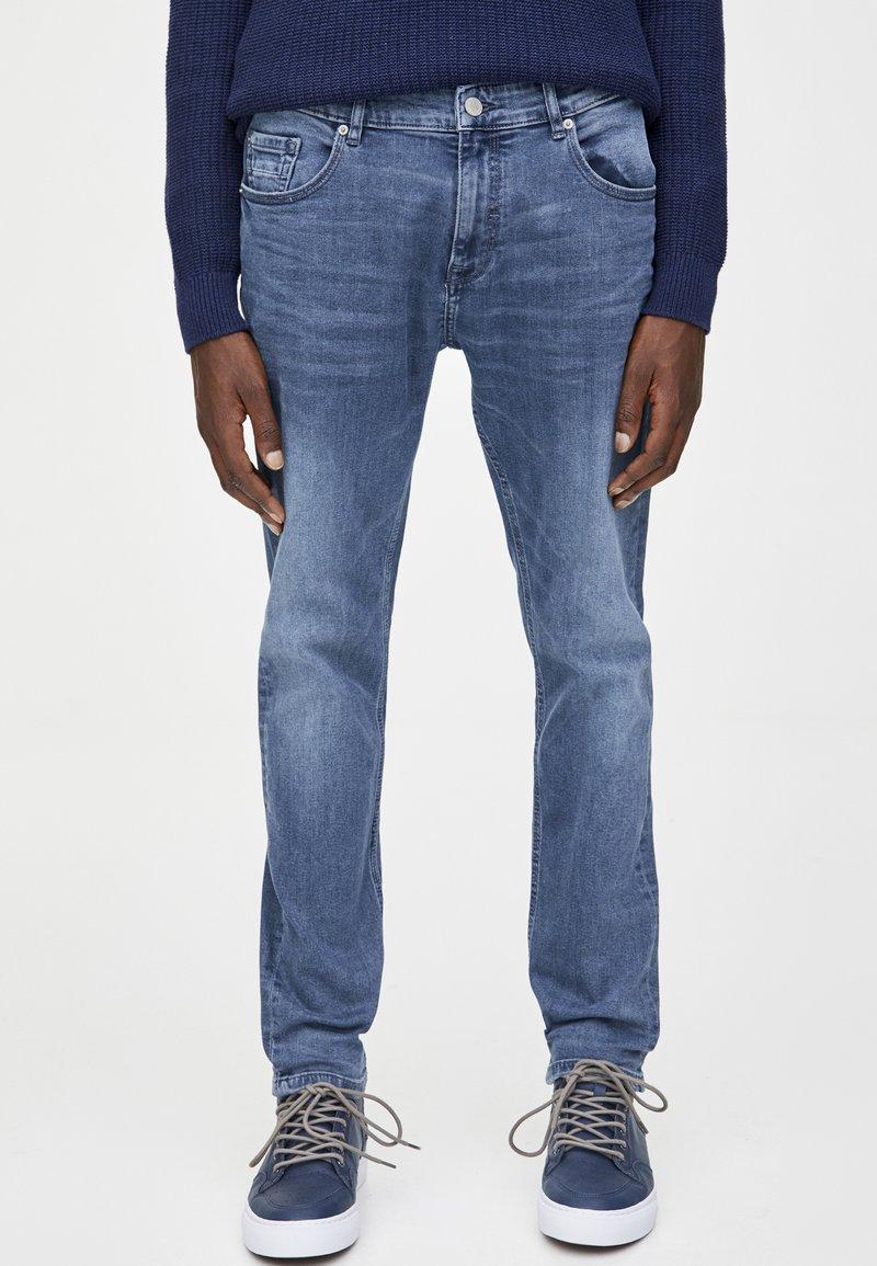 PULL&BEAR - IM USED-LOOK - Džíny Straight Fit - blue denim