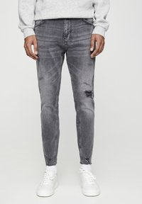 PULL&BEAR - PREMIUM-KAROTTENJEANS MIT ZIERRISSEN 05684525 - Slim fit jeans - dark grey - 0