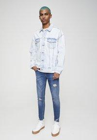 PULL&BEAR - Skinny džíny - mottled dark blue - 1