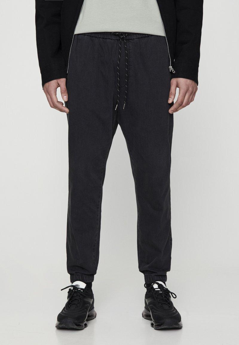 PULL&BEAR - MIT STRETCHBUND  - Jeans Tapered Fit - mottled dark grey