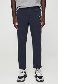 PULL&BEAR - Chinot - mottled dark blue - 0