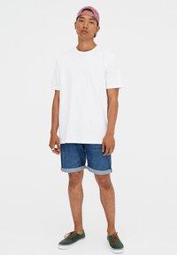 PULL&BEAR - T-shirt basic - white - 1