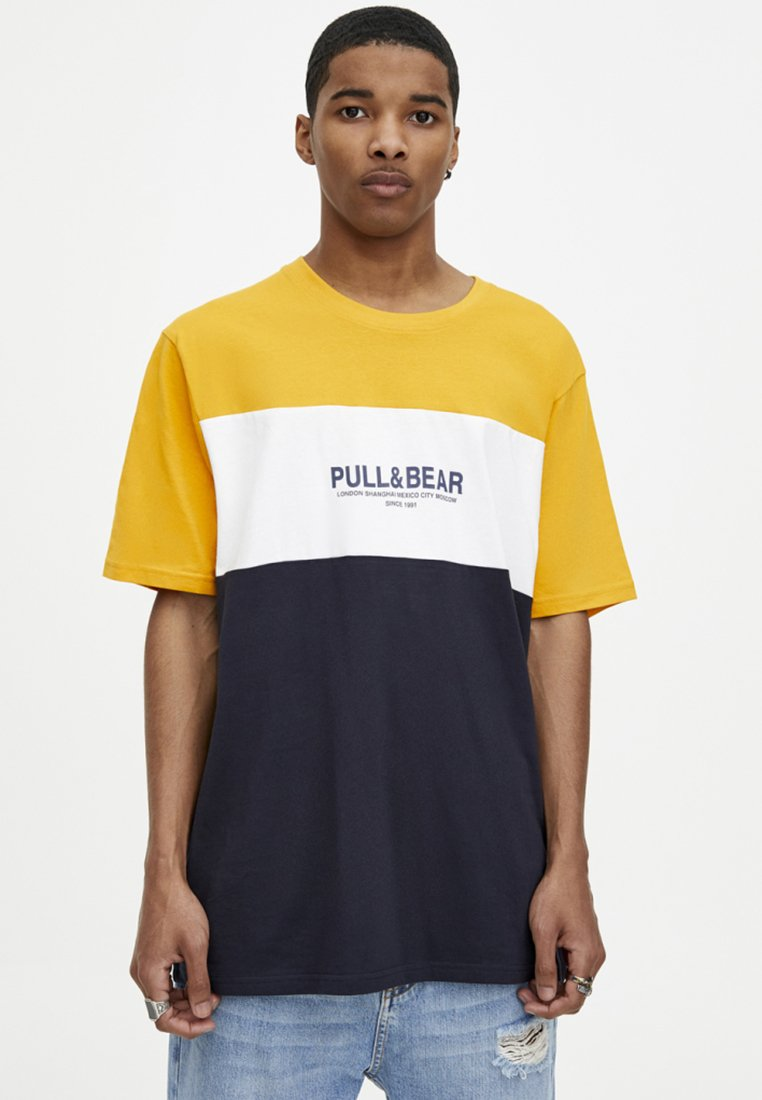 PanelenT shirt Imprimé Yellow Pull amp;bear LGzVqUpSM