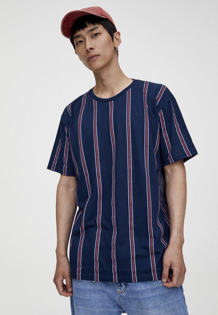 PULL&BEAR - T-Shirt print - bordeaux