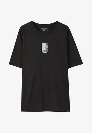 Printtipaita - black
