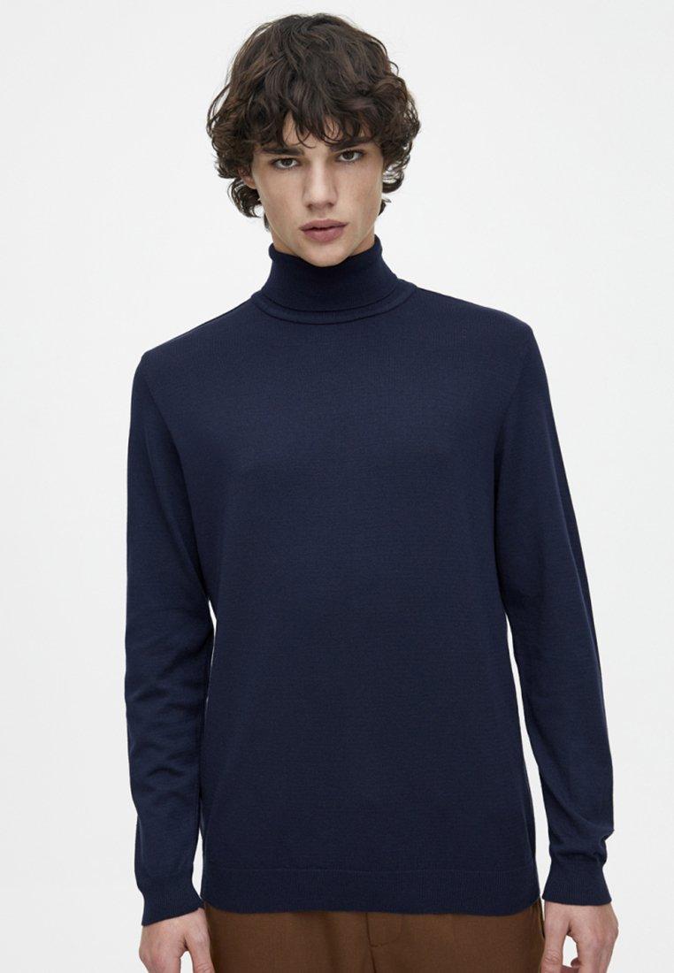 PULL&BEAR - MIT ROLLKRAGEN - Pullover - dark blue