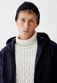 PULL&BEAR - MIT KAPUZE - veste en sweat zippée - dark blue - 2