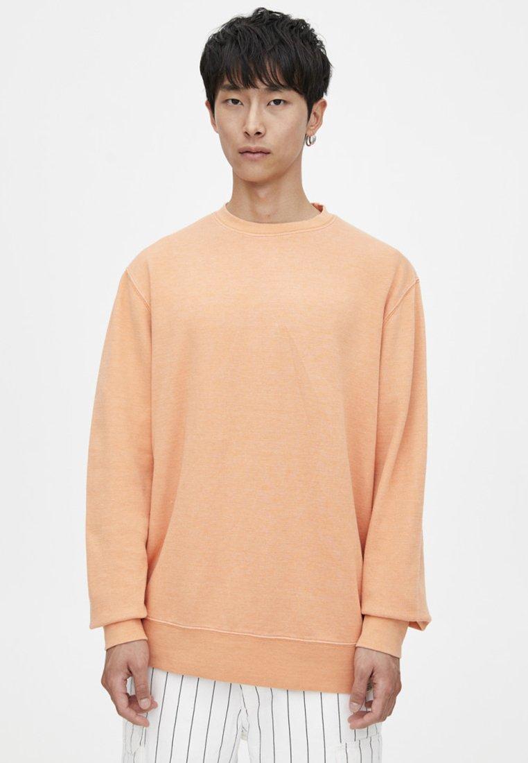 PULL&BEAR - IM WASHED-LOOK - Sweatshirt - orange