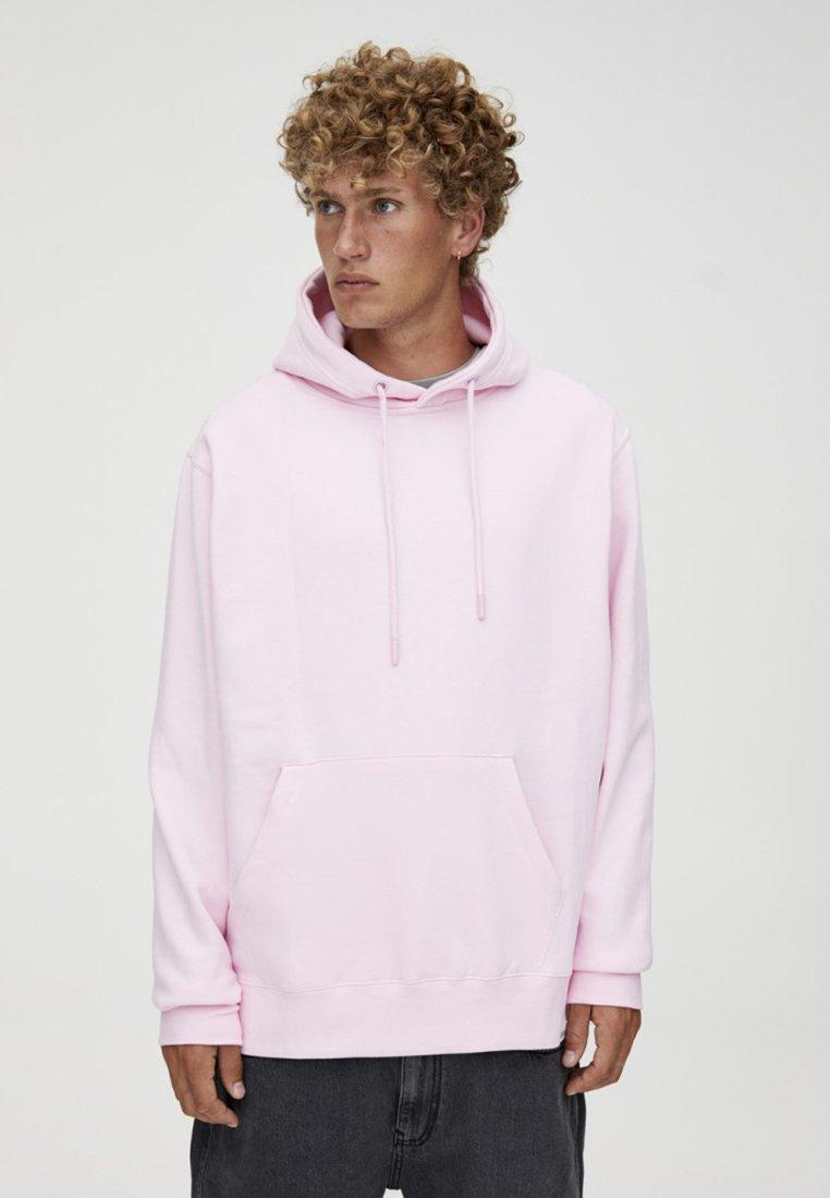 PULL&BEAR - MIT KAPUZE UND BAUCHTASCHE  - Hoodie - light pink