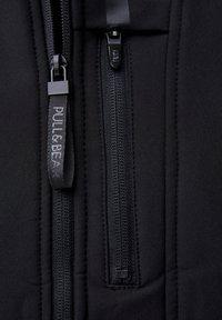 PULL&BEAR - Giacca leggera - black - 5