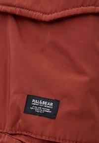 PULL&BEAR - BASIC - Bomberjacks - red - 5