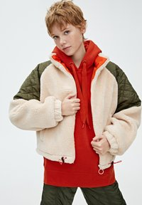 PULL&BEAR - Giacca invernale - beige - 3