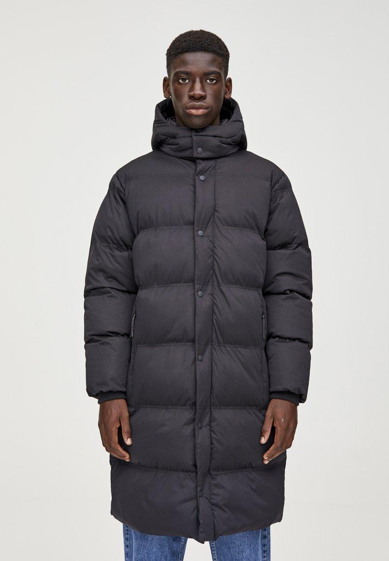 PULL&BEAR - Cappotto invernale - black